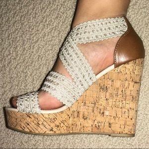 Steve Madden Women Wedge Heel Sandals Size 6